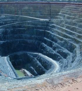 mine-dewater11-280x309