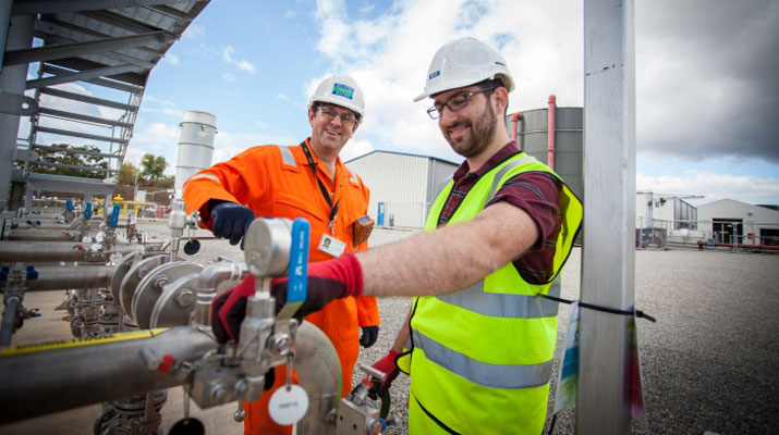 CMC_Severn-Trent_gas-to-grid-699_715x400